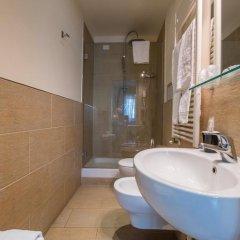 Отель B&B Emozioni Fiorentine 2* Стандартный номер с различными типами кроватей фото 31