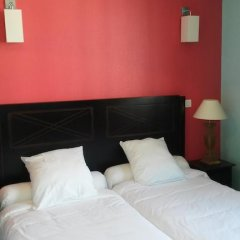 Отель Hôtel Berlioz 3* Улучшенный номер с 2 отдельными кроватями фото 7