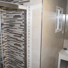 Отель Madrid Suites Tetuan ванная