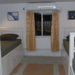 Отель Feel At Home Backpackers комната для гостей фото 2