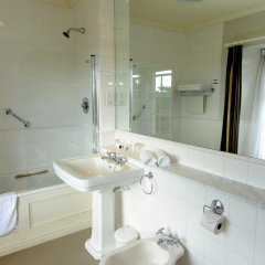 Best Western Lamphey Court Hotel and Spa 4* Стандартный номер с различными типами кроватей фото 6