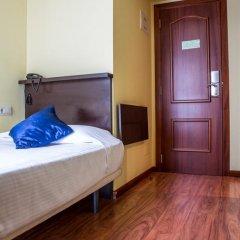 Отель Hostal Hotil Стандартный номер с различными типами кроватей фото 13
