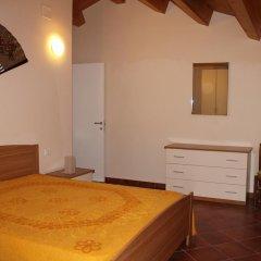 Отель Palazzo Croce 1 Рокка-Сан-Джованни комната для гостей фото 5