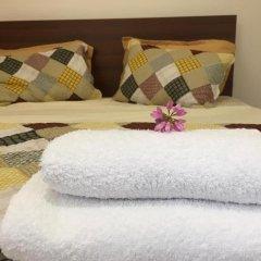 Отель Family & Friends Guest house комната для гостей