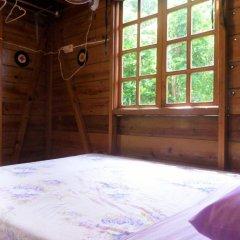Отель La Familia Resort and Restaurant 3* Номер с общей ванной комнатой с различными типами кроватей (общая ванная комната) фото 4