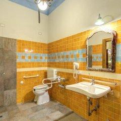 Отель AZZI Флоренция ванная