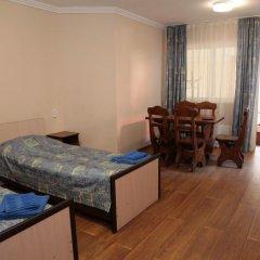 Гостевой дом Кастана Красная Поляна комната для гостей