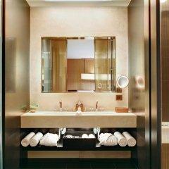 Bulgari Hotel Milan 5* Люкс повышенной комфортности с различными типами кроватей фото 8