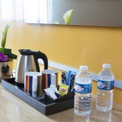 Park Inn by Radisson Nice Airport Hotel 4* Стандартный номер с различными типами кроватей