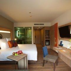 Отель Novotel Phuket Kamala Beach 4* Улучшенный номер с двуспальной кроватью фото 4