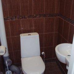 Отель Oti Guesthouse Таллин ванная