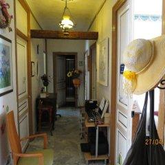 Отель Chez Brigitte Guesthouse интерьер отеля фото 3