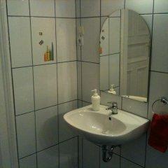 Апартаменты Caterina Private Rooms and Apartments Стандартный номер с различными типами кроватей (общая ванная комната) фото 16