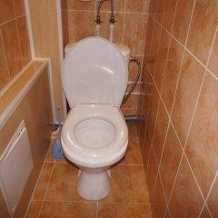 Апартаменты Apartment on Bagayeva Street ванная