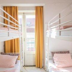 Vistas de Lisboa Hostel Кровать в общем номере с двухъярусной кроватью фото 2