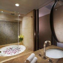 Отель Harbour Grand Hong Kong 4* Номер Делюкс с различными типами кроватей