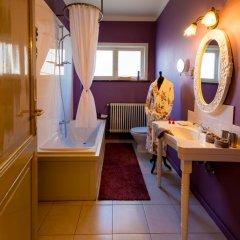 Отель B&B Next Door 4* Люкс с различными типами кроватей фото 26