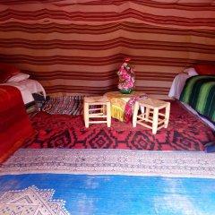 Отель Desert Camel Camp Марокко, Мерзуга - отзывы, цены и фото номеров - забронировать отель Desert Camel Camp онлайн бассейн