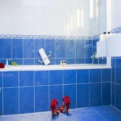 Отель Hôtel Vacances Bleues Le Royal Франция, Ницца - 4 отзыва об отеле, цены и фото номеров - забронировать отель Hôtel Vacances Bleues Le Royal онлайн ванная фото 2