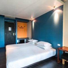 Отель LoogChoob Homestay Стандартный номер с различными типами кроватей фото 4