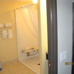 Отель Super 8 Saskatoon West 2* Стандартный номер с различными типами кроватей