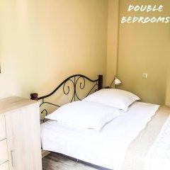 Отель Red Fox Guesthouse Стандартный номер с двуспальной кроватью (общая ванная комната) фото 3