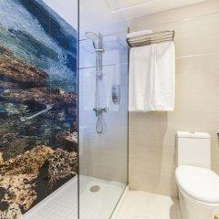 Отель Globales Almirante Farragut Испания, Кала-эн-Форкат - отзывы, цены и фото номеров - забронировать отель Globales Almirante Farragut онлайн ванная фото 2