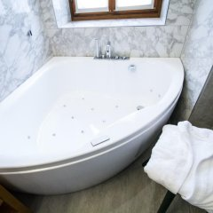 Ambra Cortina Luxury & Fashion Boutique Hotel 4* Улучшенный номер с различными типами кроватей фото 3