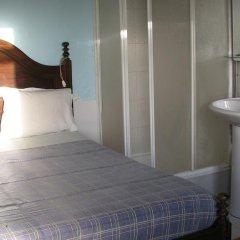 Отель Residencial Porto Novo Alojamento Local 2* Номер с общей ванной комнатой