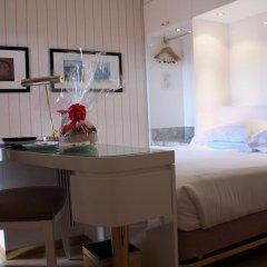 Hotel Albani Firenze 4* Стандартный номер с различными типами кроватей фото 6