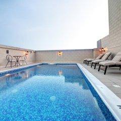 Adamo Hotel Apartments бассейн фото 3