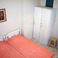 Отель Ulpia House Стандартный номер с двуспальной кроватью (общая ванная комната) фото 6