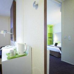 Отель Campanile Lyon Centre - Gare Part Dieu 3* Стандартный семейный номер с двуспальной кроватью фото 3