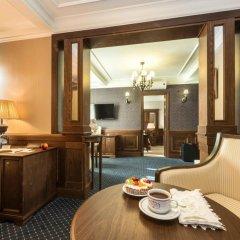 Аглая Кортъярд Отель 3* Стандартный номер с двуспальной кроватью