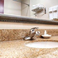 Отель Country Inn & Suites by Radisson, Midway, FL ванная