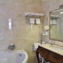 Отель Pesaro Palace 4* Стандартный номер с различными типами кроватей фото 5