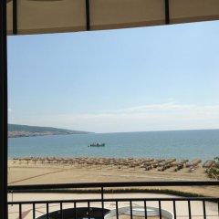 Отель Heaven Lux Apartments Болгария, Солнечный берег - отзывы, цены и фото номеров - забронировать отель Heaven Lux Apartments онлайн пляж фото 2