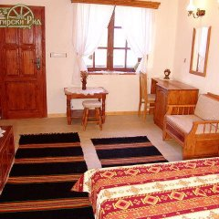 Отель Manastirski Rid Hotel Болгария, Генерал-Кантраджиево - отзывы, цены и фото номеров - забронировать отель Manastirski Rid Hotel онлайн комната для гостей фото 3