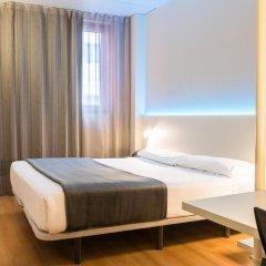 Отель Vertice Roomspace Madrid 3* Стандартный номер с двуспальной кроватью