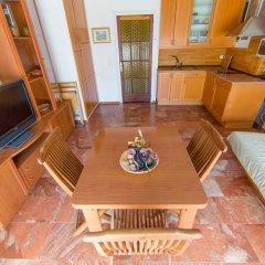 Отель Palmeras 5.2 Испания, Курорт Росес - отзывы, цены и фото номеров - забронировать отель Palmeras 5.2 онлайн комната для гостей фото 2
