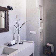Отель Santo Maris Oia, Luxury Suites & Spa 5* Вилла Делюкс с различными типами кроватей фото 12