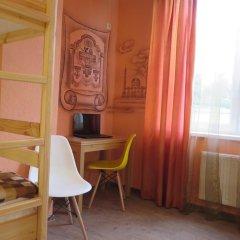 Гостиница Гостевые комнаты Борей Кровать в женском общем номере с двухъярусными кроватями