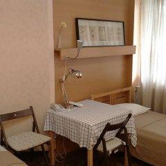 Мини-отель Полет Стандартный номер с 2 отдельными кроватями фото 7