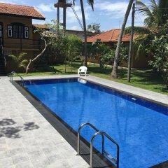 Отель Abeysvilla бассейн