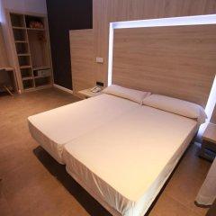 Отель Hostal Plaza Goya Bcn Стандартный номер фото 18
