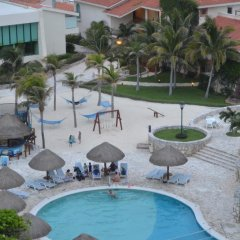 Отель Grand Park Royal Luxury Resort Cancun Caribe Мексика, Канкун - 3 отзыва об отеле, цены и фото номеров - забронировать отель Grand Park Royal Luxury Resort Cancun Caribe онлайн бассейн фото 2