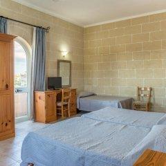Отель Villa Al Faro Стандартный номер с различными типами кроватей (общая ванная комната) фото 2