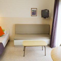 Отель Huli Hotel and Apartments Мальта, Каура - 2 отзыва об отеле, цены и фото номеров - забронировать отель Huli Hotel and Apartments онлайн комната для гостей фото 3