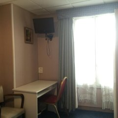 Отель Hôtel Stanislas 2* Стандартный номер с двуспальной кроватью