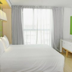 DoubleTree by Hilton Hotel Girona 4* Стандартный номер с различными типами кроватей фото 3